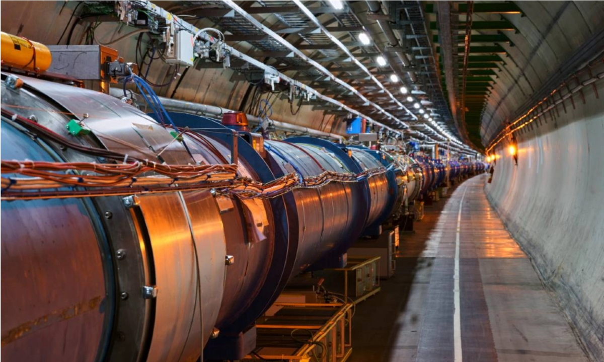 CERNの大型ハドロン衝突型加速器(画像提供:CERN)